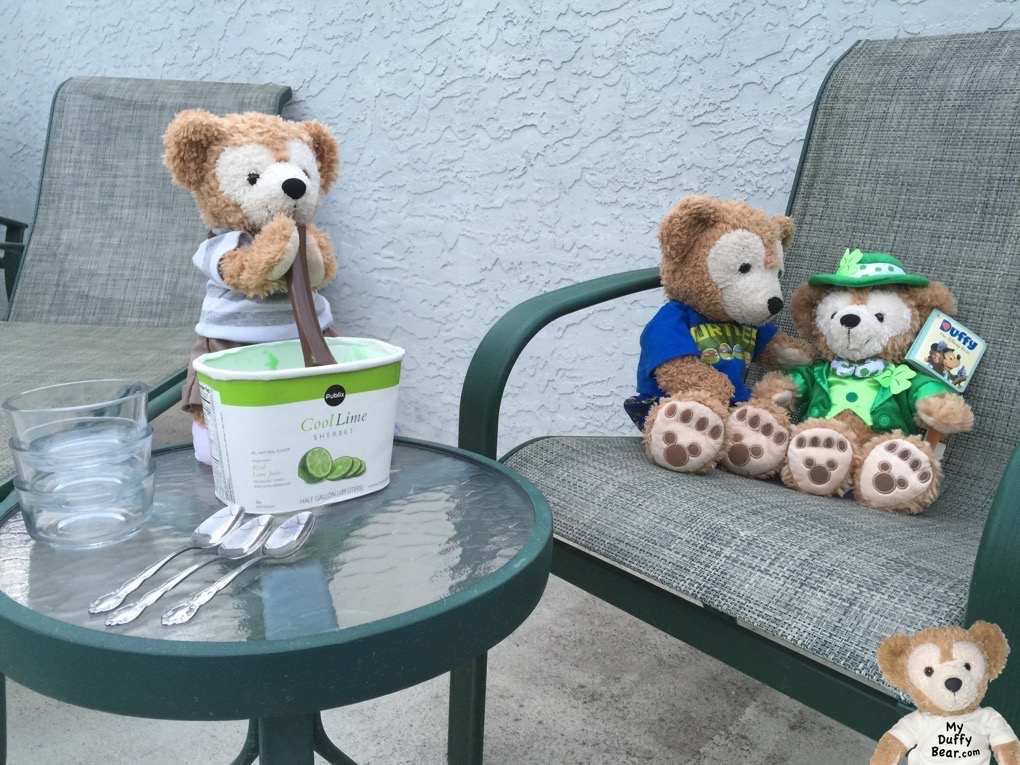 Duffy the Disney Bears serves up some Publix Cool Lime Sherbet