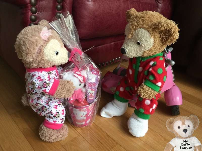Duffy the Disney Bear delivers a Valentine's Day gift to ShellieMay