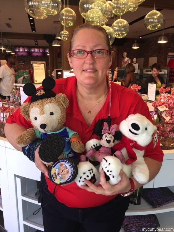 Duffy the Disney Bear meets up with the Coca-Cola Polar Bear and Minnie Mouse